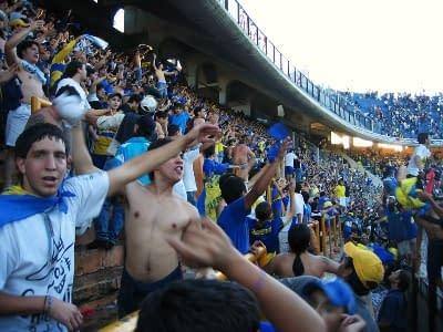 Fans der Boca Juniors in Buenos Aires